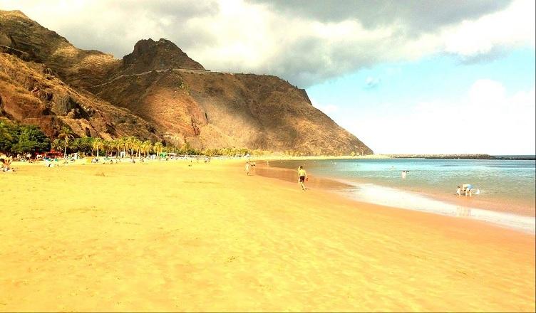 Plaja de Las Teresitas