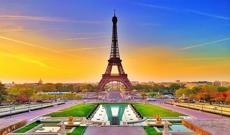Vacanta de 4 zile la Paris