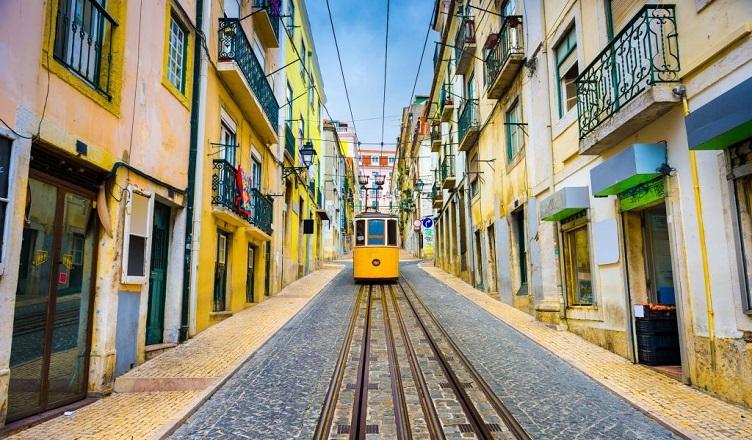Zboruri spre Lisabona