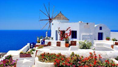 Zboruri Grecia