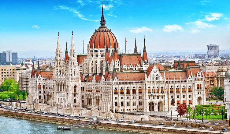 Zboruri spre Budapesta
